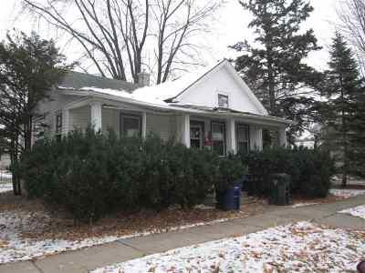 De Pere Single Family Home Active-Offer No Bump: 315 S Superior