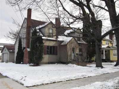 Single Family Home Active-No Offer: 418 N Franklin
