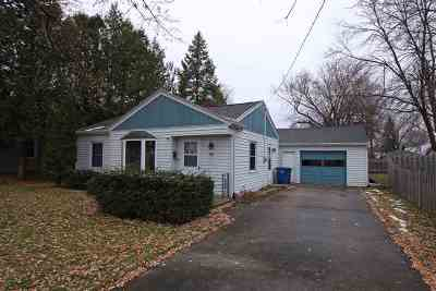 Oshkosh Single Family Home Active-No Offer: 1110 E Nevada