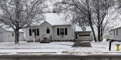 Green Bay Single Family Home Active-No Offer: 1117 Lime Kiln