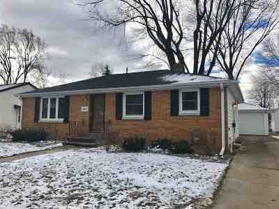 Green Bay Single Family Home Active-No Offer: 1207 Bond