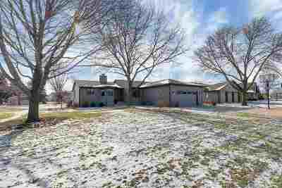 Green Bay Single Family Home Active-No Offer: 2994 Blue Moon