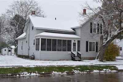 De Pere Multi Family Home Active-No Offer: 330 Fort Howard