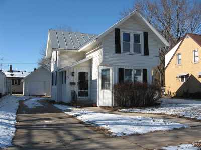 Shawano Single Family Home Active-No Offer: 425 S Sawyer