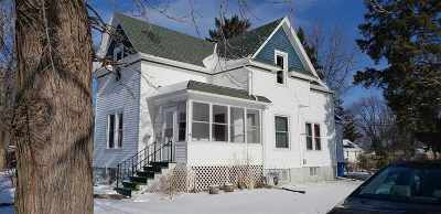 Oshkosh Single Family Home Active-No Offer: 1216 Oak