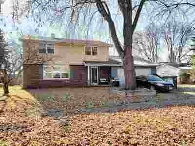 De Pere Single Family Home Active-Offer No Bump: 430 S St Bernard