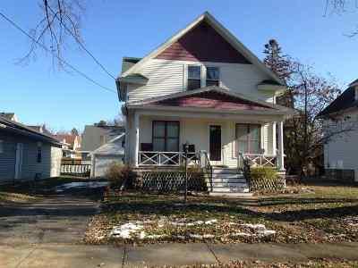 Oshkosh Single Family Home Active-No Offer: 1312 Wisconsin