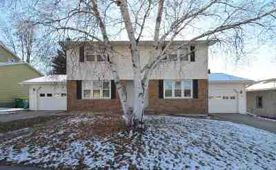Green Bay Multi Family Home Active-No Offer: 1489 7th