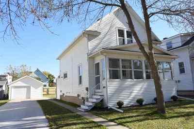 Oshkosh Single Family Home Active-No Offer: 1032 Dove