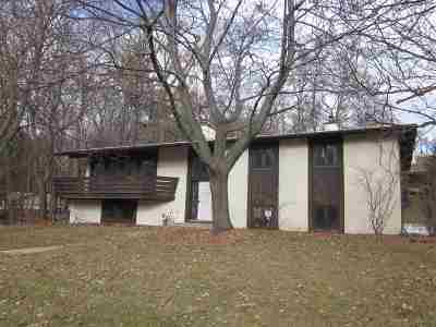 Green Bay Single Family Home Active-No Offer: 2575 Butte