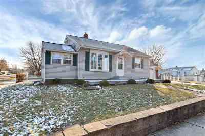 Green Bay Single Family Home Active-No Offer: 305 Huth