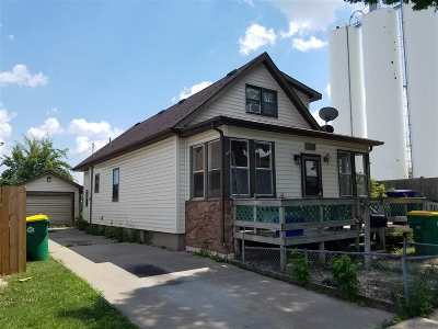 Green Bay Single Family Home Active-No Offer: 1441 S Chestnut