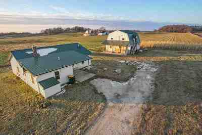 Farm Active-No Offer: W1808 Hwy Q