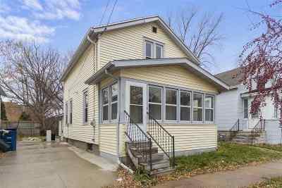Oshkosh Single Family Home Active-No Offer: 715 Jefferson