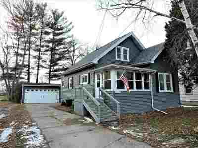Oshkosh Single Family Home Active-No Offer: 1343 Liberty
