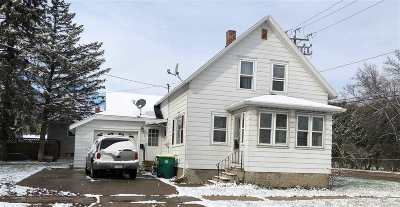 Green Bay Single Family Home Active-No Offer: 700 S Baird