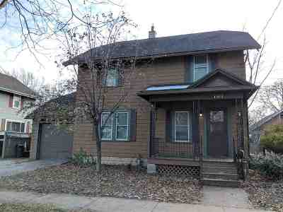 Appleton Single Family Home Active-No Offer: 707 E Brewster
