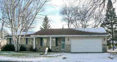 Green Bay Single Family Home Active-No Offer: 2471 Valiant