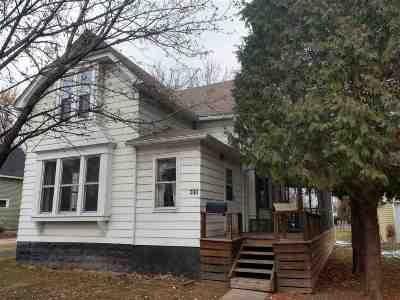 Neenah Single Family Home Active-Offer No Bump: 308 Hewitt