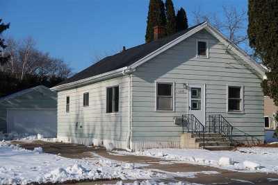 Oshkosh Single Family Home Active-No Offer: 1615 Liberty