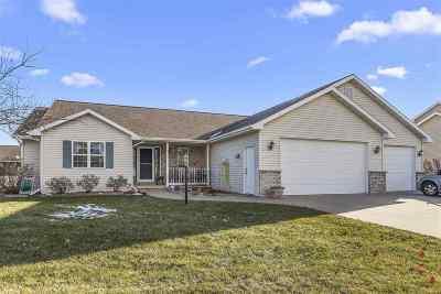 Neenah Single Family Home Active-Offer No Bump: 1640 Pendleton
