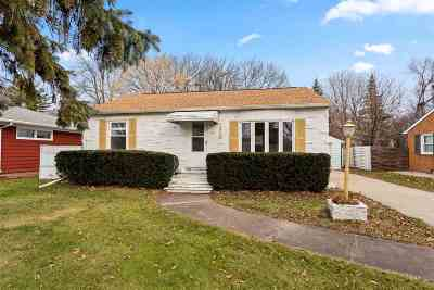 Neenah Single Family Home Active-No Offer: 118 Plummer