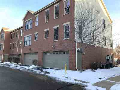 Menasha Condo/Townhouse Active-Offer No Bump: 177 Marina