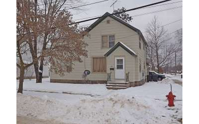 Shawano County Multi Family Home Active-No Offer: 417 E Division