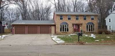 Green Bay Single Family Home Active-No Offer: 2569 N Trillium