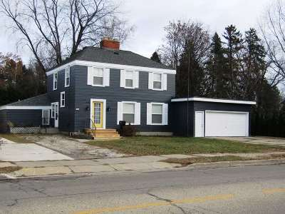 Menominee Single Family Home Active-No Offer: 1814 7th