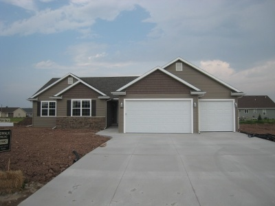 Appleton Single Family Home Active-No Offer: 4764 N Buran