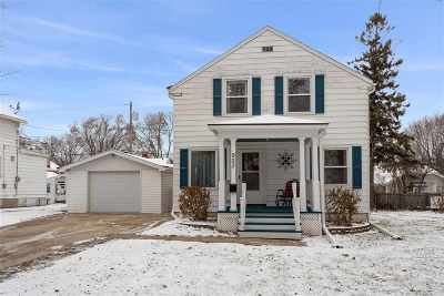 Kaukauna WI Single Family Home Active-Offer No Bump: $150,000