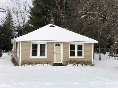 Waupaca Single Family Home Active-No Offer: E2026 King