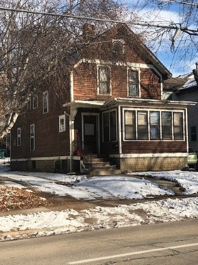 Oshkosh Single Family Home Active-No Offer: 520 High