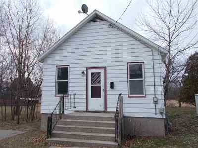 Menominee Single Family Home Active-Offer No Bump: 1111 25th