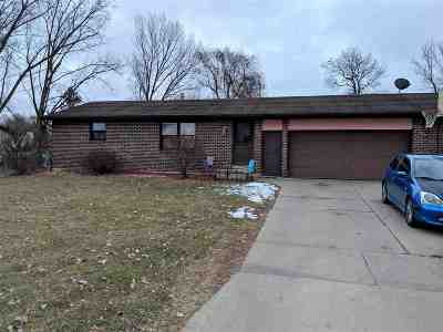 Green Bay Multi Family Home Active-No Offer: 894 Cutty Sark