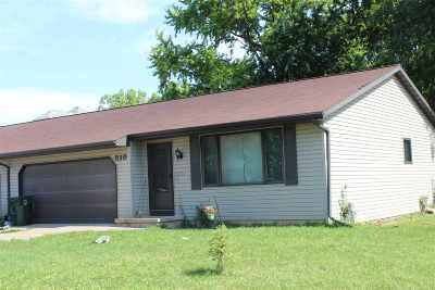 De Pere Multi Family Home Active-No Offer: 510 Leonard