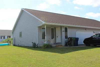 Wrightstown Multi Family Home Active-No Offer: 439 Patricia