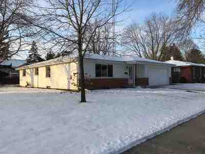 Oshkosh Single Family Home Active-No Offer: 1303 Kensington