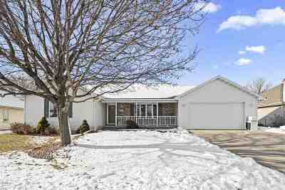 Kaukauna WI Single Family Home Active-Offer No Bump: $194,900