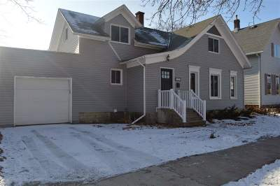 Kaukauna WI Single Family Home Active-No Offer: $104,900