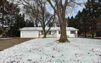 Oshkosh Single Family Home Active-Offer No Bump: 4932 9th Street