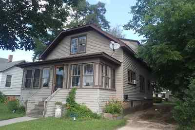Shawano County Multi Family Home Active-No Offer: 509 E Green Bay