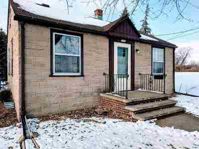 Little Chute Single Family Home Active-No Offer: 1113 Madison