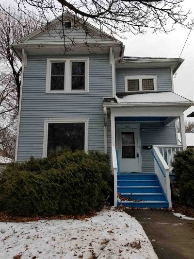 Oshkosh Single Family Home Active-No Offer: 919 Jackson