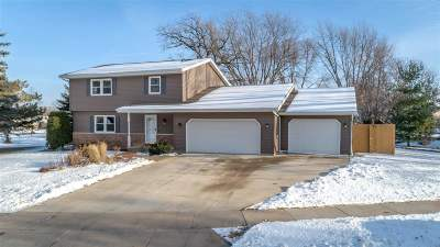 Oshkosh Single Family Home Active-No Offer: 1640 Crestview