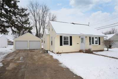 Appleton Single Family Home Active-No Offer: 1425 W Brewster