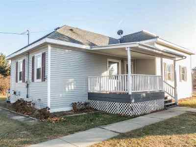 Oconto Single Family Home Active-Offer No Bump: 307 Knapp