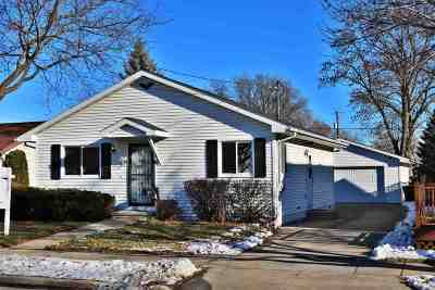 Oshkosh Single Family Home Active-No Offer: 1710 Cedar