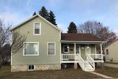 Menominee Single Family Home Active-No Offer: 2312 13th